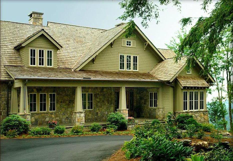 Luxury Homes in Mountain Top Golf and Lake Club Community- Cashiers NC