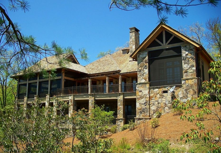 Custom Homes in Mountain Top Golf and Lake Club Community- Cashiers NC