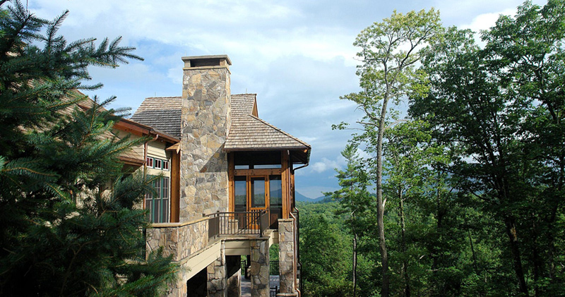 custom homes in mountain top golf and lake club community